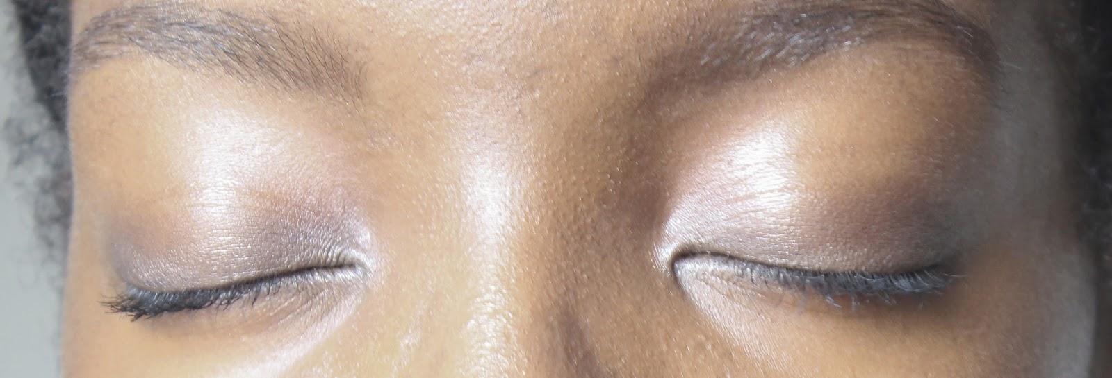 maquillage-yeux-fermés