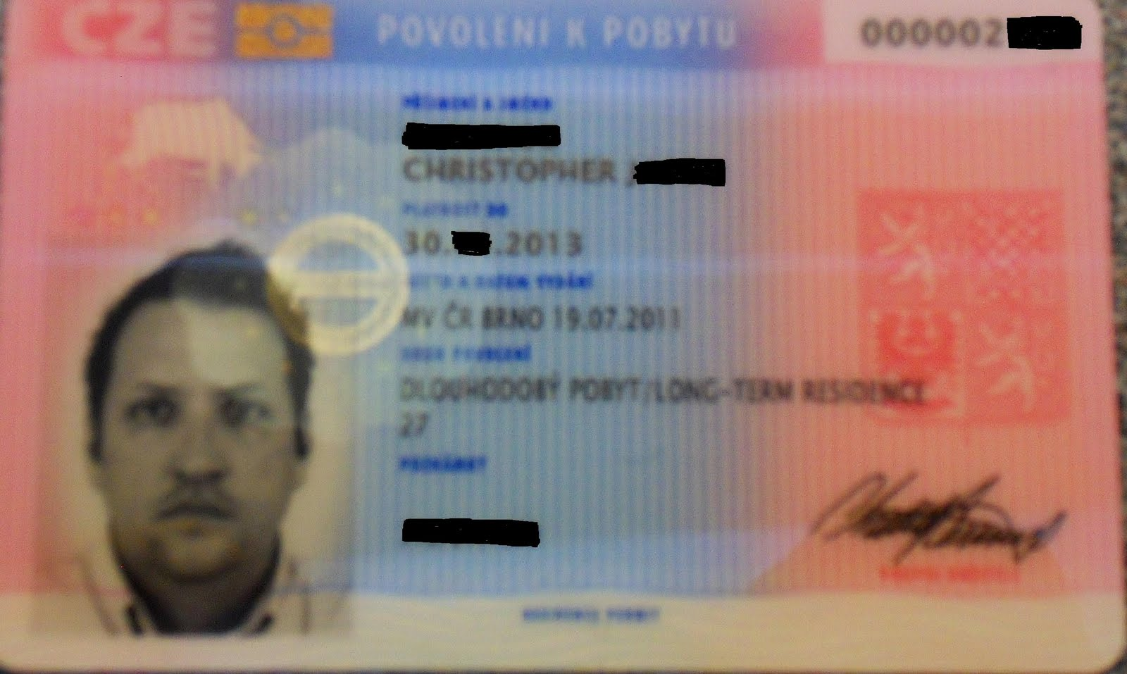 sweden residence permit card status
