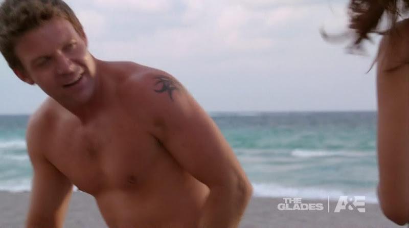 Matt Passmore Shirtless in the Glades s2e07