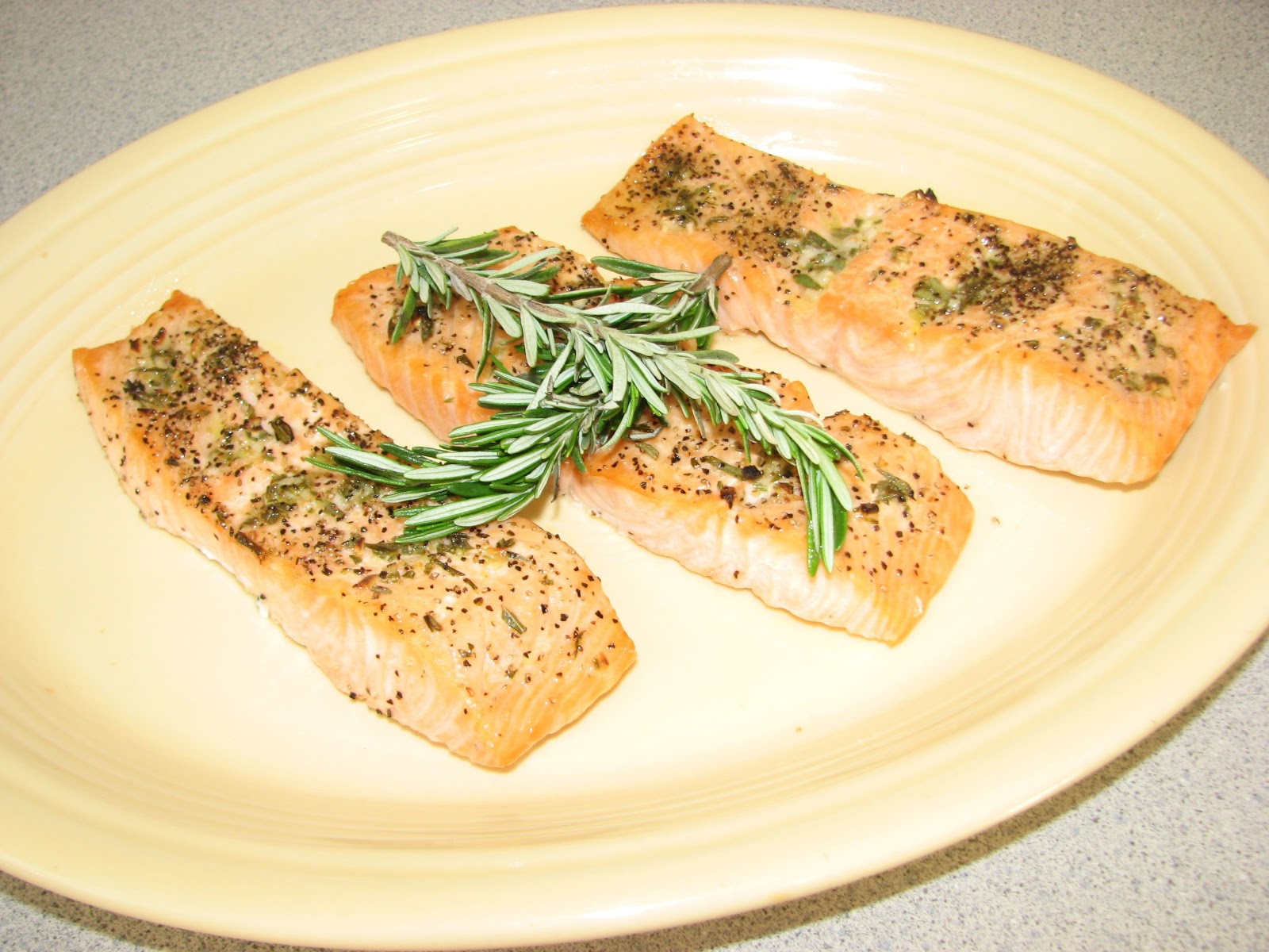 Shel's Kitchen: Broiled Salmon with Rosemary