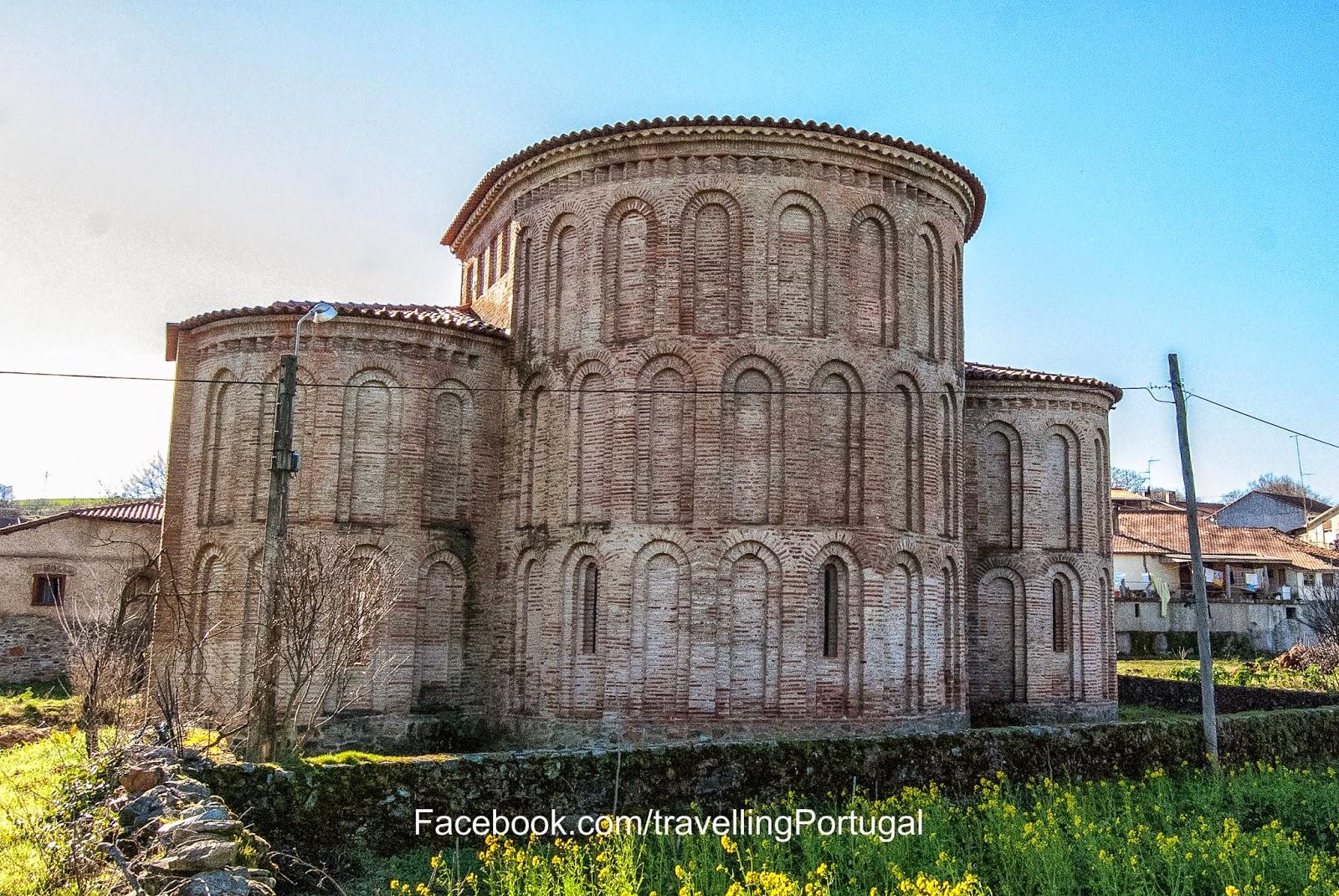 mosteiro de castro de avelas