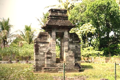 Adeeva Travel Menelusuri 9 Keindahan Wisata Blitar