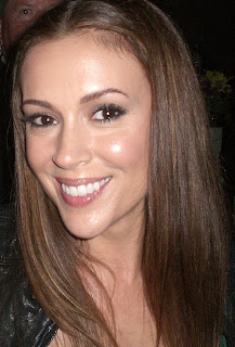 Celebrity Alyssa Milano Hairstyles Trends for Women