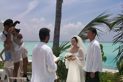 Celebrating 11 years of destination weddings in Maldives Four Seasons