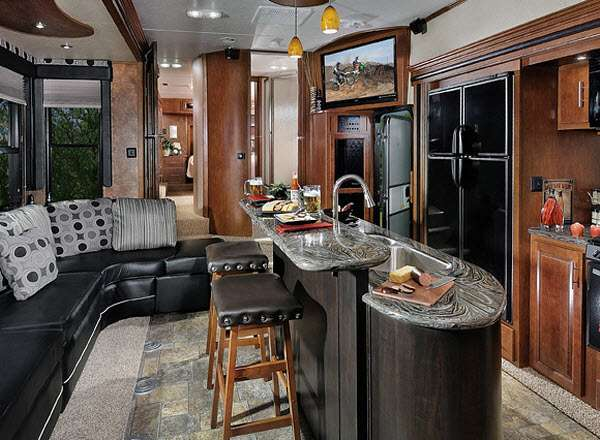 ://cheap-rv-living.com/rv-remodeling-and-decorating/the-affordable-rv ...
