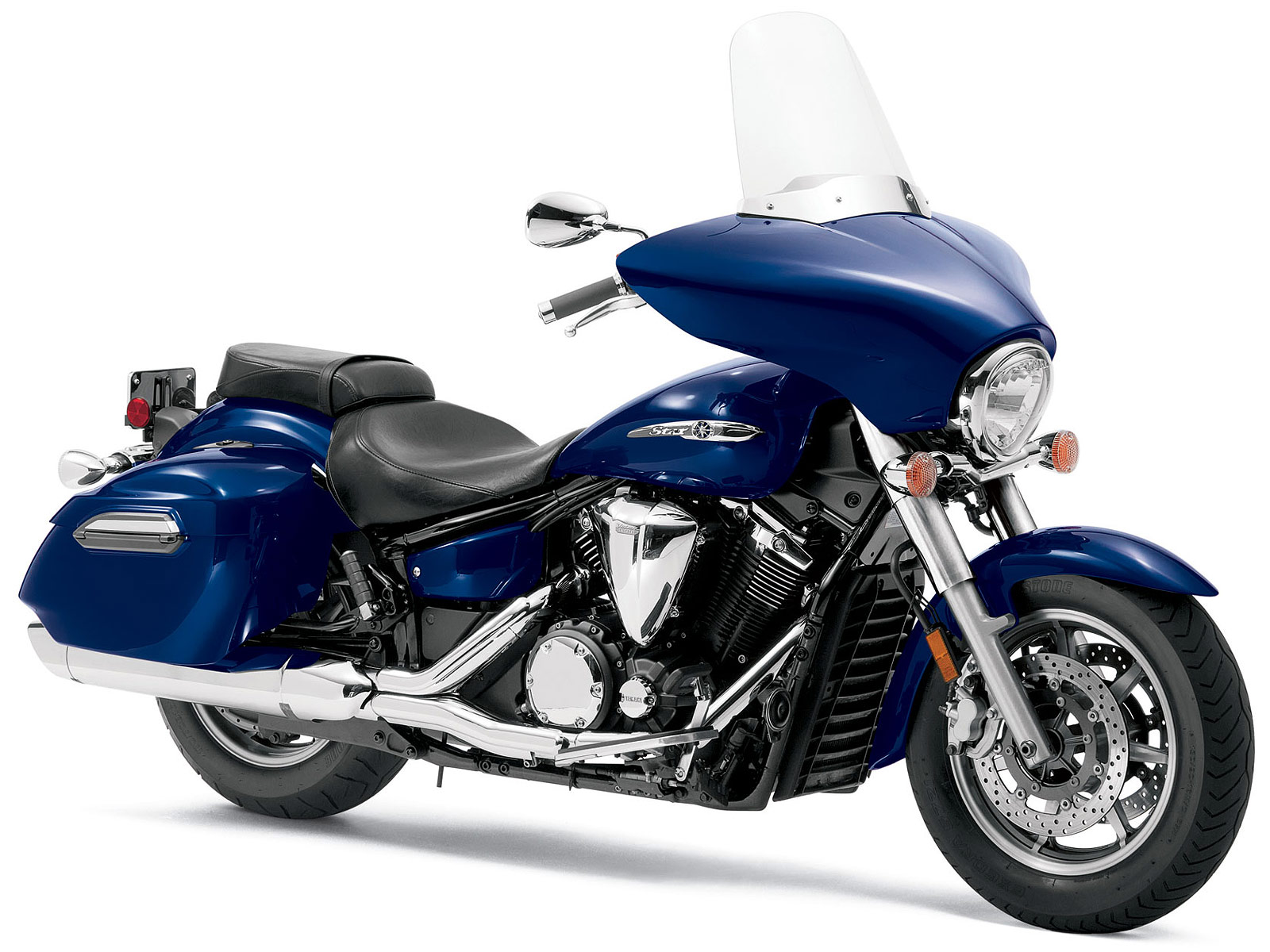 2013 yamaha pictures v star 1300 deluxe review specifications for Yamaha 1300 motorcycle