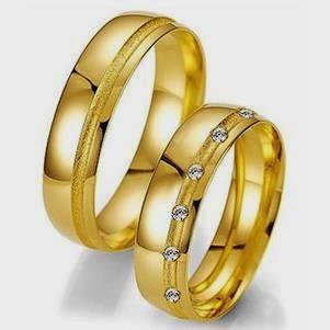 Fotos e imagens de anéis de comemoração dos 50 anos das bodas de ouro