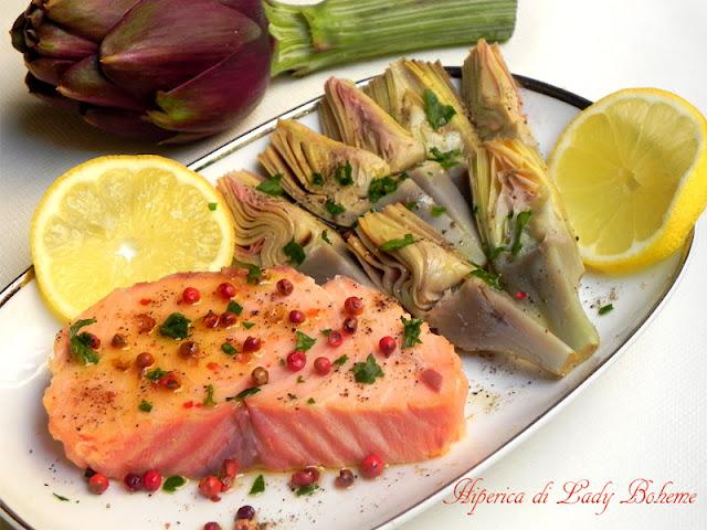hiperica_lady_boheme_blog_di_cucina_ricette_gustose_facili_veloci_salmone_al_pepe_rosa_con_carciofi_marinati_2