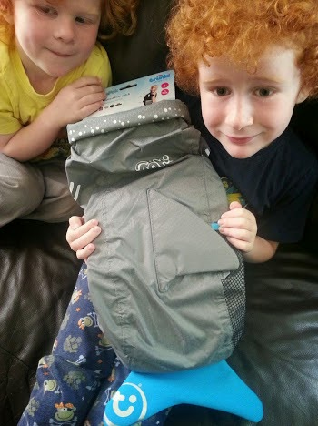 A Trunki Paddlepak picnic, review and giveaway!