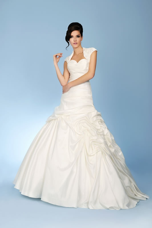 Trudy lee 2013 bridal collection for Trudy s wedding dresses