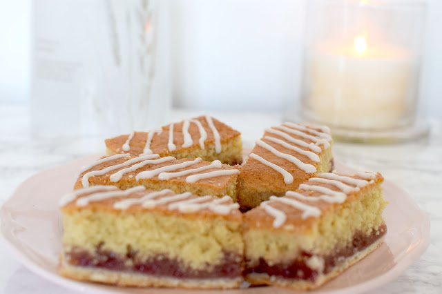 Raspberry Bakewell Slices