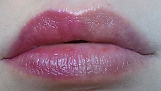 Wet n Wild Silk Finish Lipstick - Fuchsia with Blue Pearl - 521A