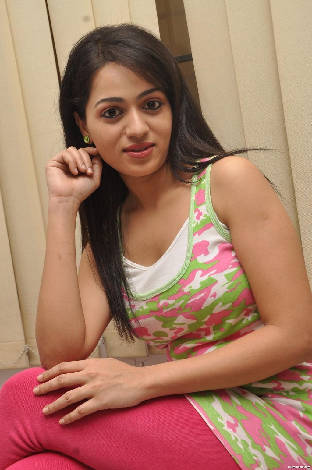 Hot Image Reshma
