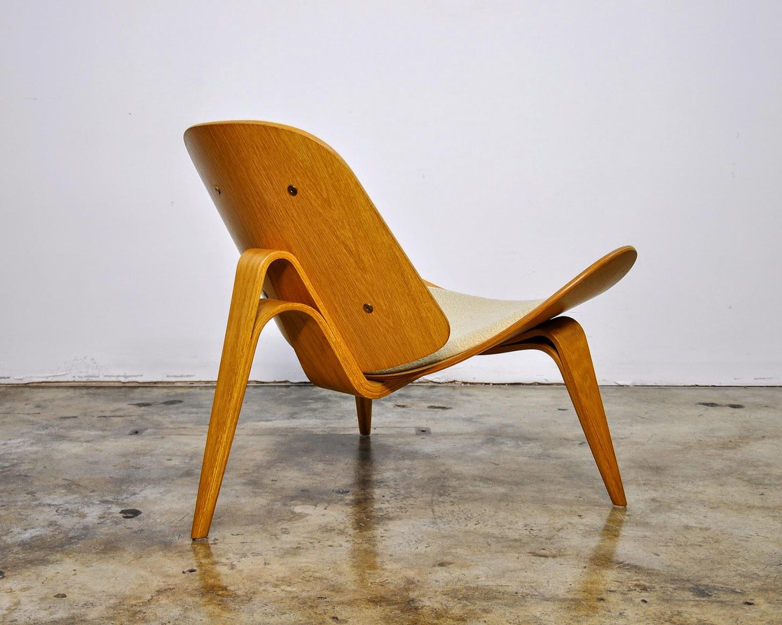 SELECT MODERN Hans Wegner CH07 Shell Lounge Chair