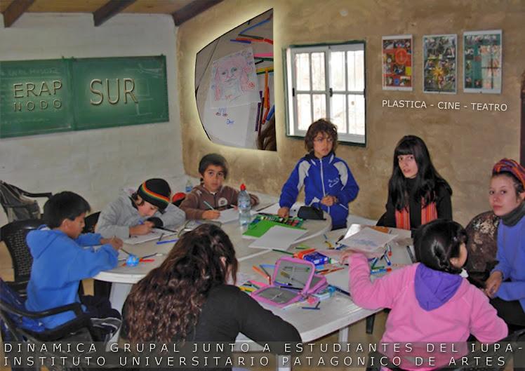 Dinamica Grupa con estudiantes del IUPA Universidad de Artes