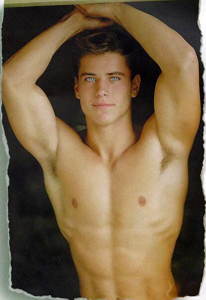 gay Lukas ridgeston