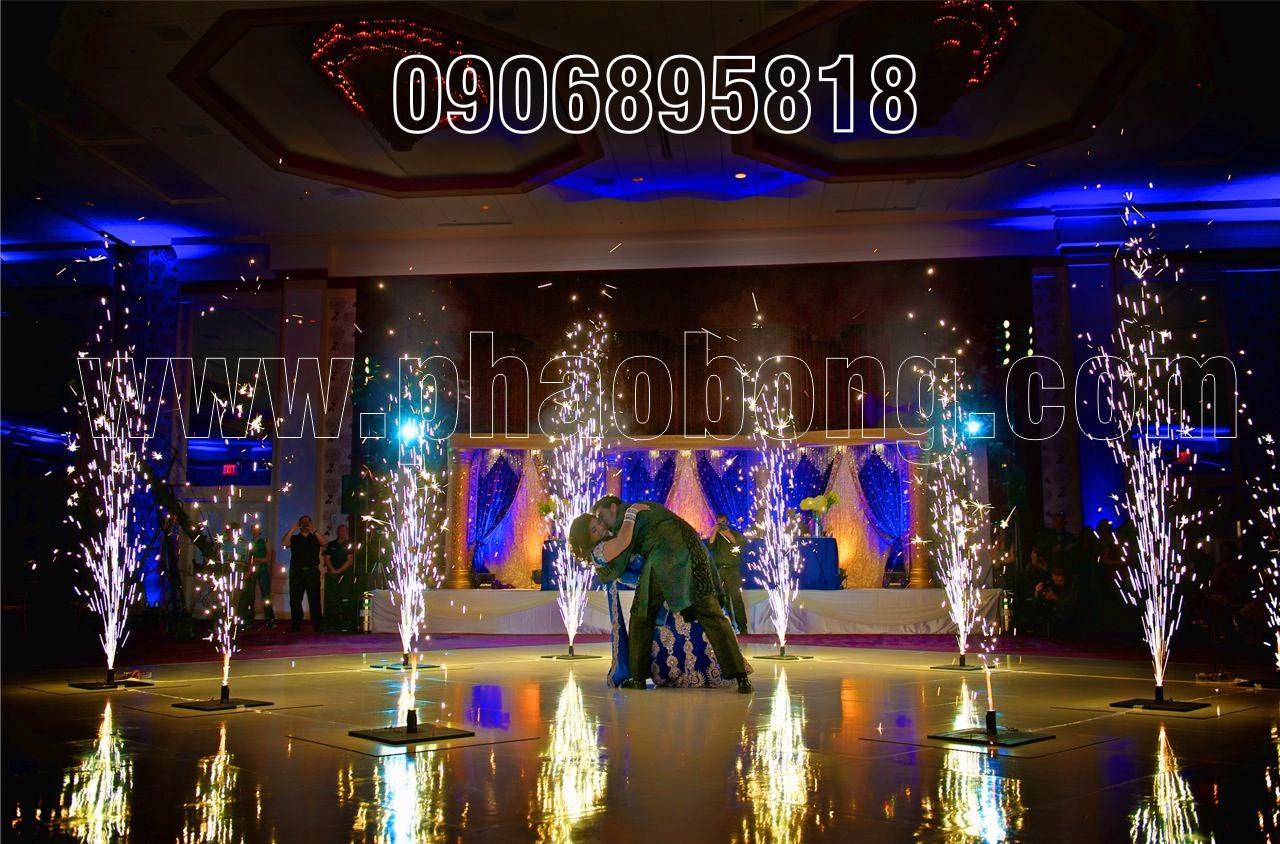 Pháo điện sân khấu tiệc cưới