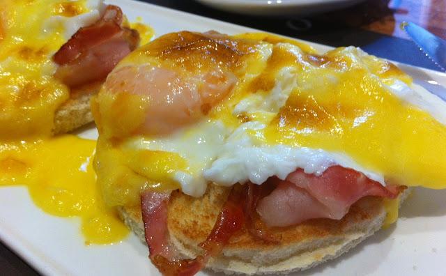 Huevos Benedict. 26 grados