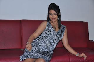 Tamil Actress Priyanka Tivari Cute Photos