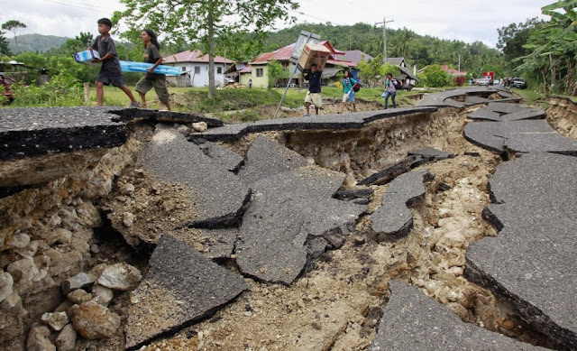 BOHOL EARTHQUAKE 12