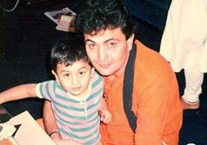 Ranbir Kapoor Childhood Image with his Father
