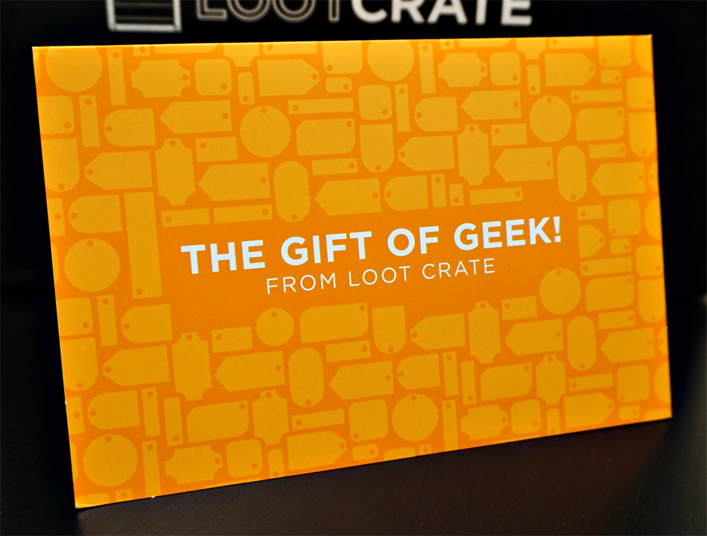 In Box with Mike & Jess: Loot Crate - November, 2015 - Combat