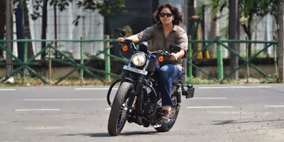 Harley Davidson | Harley Davidson India | Harley Davidson 883 Sportster | Sangeeta Vinodkumar | First Female Harley Davidson owner India