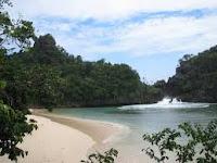 wisata pantai sendang biru dan pulau sempu malang