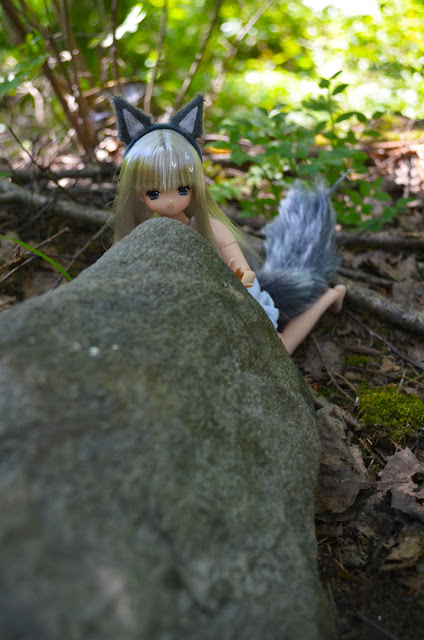 azone fox lien doll