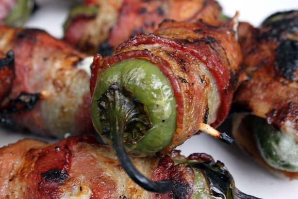 DirtyQng BBQ: Atomic Buffalo Turds / Jalapeno Poppers
