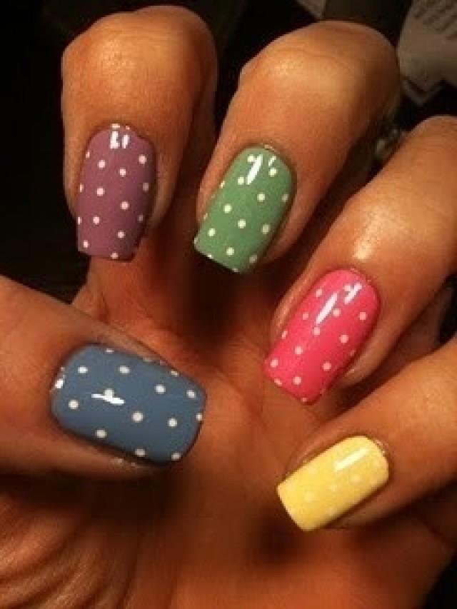Ideas para decorar tus uñas con puntos y colores - ε ...