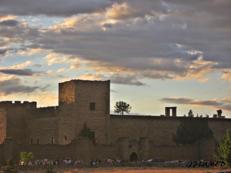 Pueblos y lugares con encanto pedraza segovia - Sitios con encanto cerca de madrid ...
