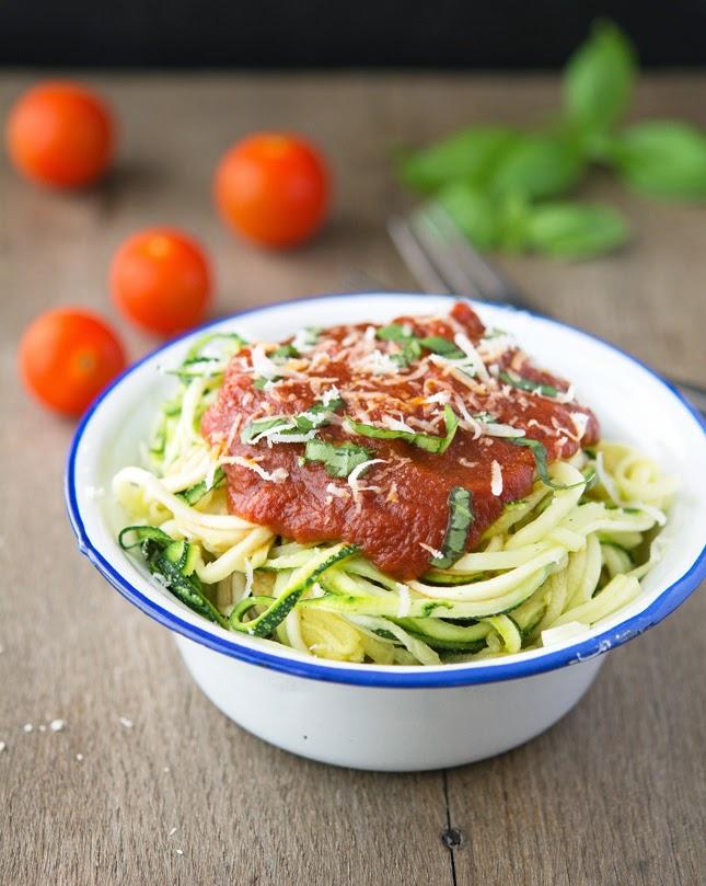 Zucchini Spaghetti (Zoodles) with Marinara Sauce