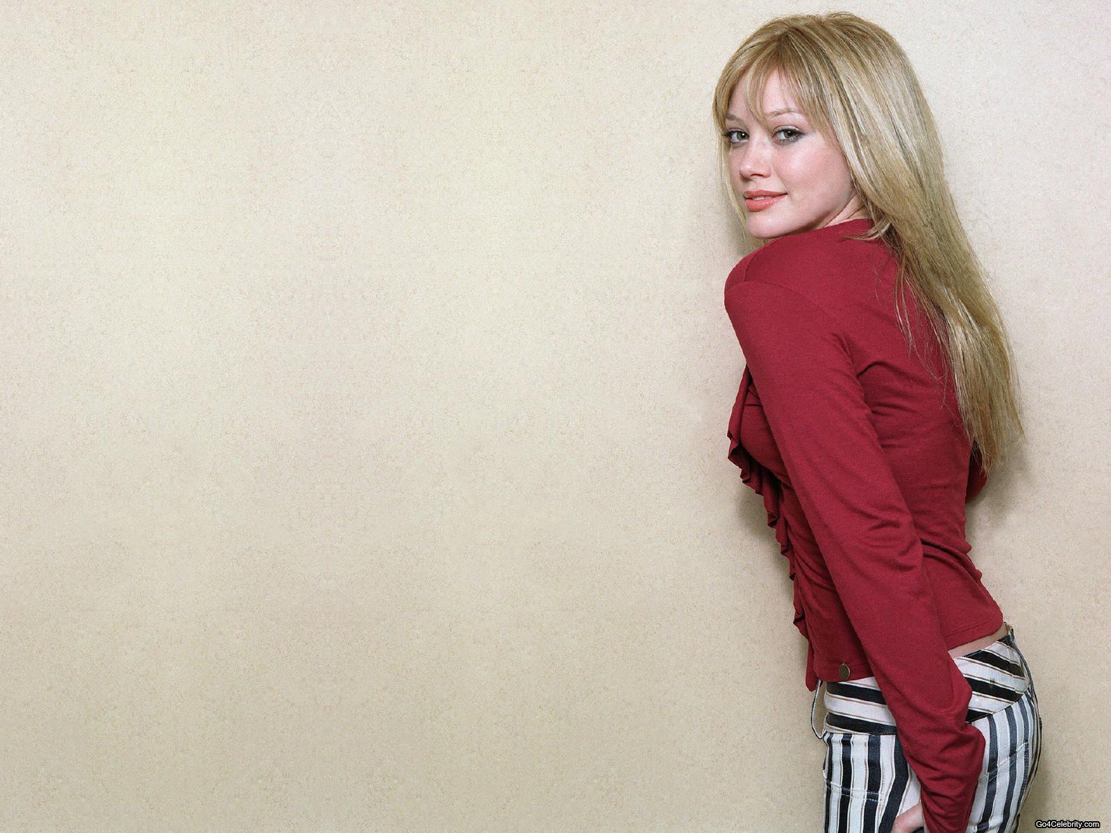 http://2.bp.blogspot.com/-fKezRrVPTIo/ThgWAI0Yn4I/AAAAAAAAEN8/At0xsdJFhHc/s1600/Hilary-Duff-Beauty-Hollywood-Actress-Photo.jpg