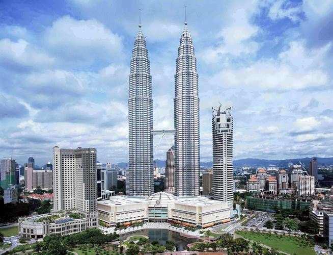 Petronas Towers Gedung Yang Tinggi Di Dunia