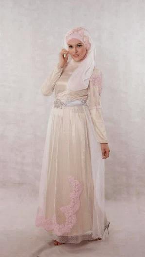 Contoh Model Gaun Muslim Brokat