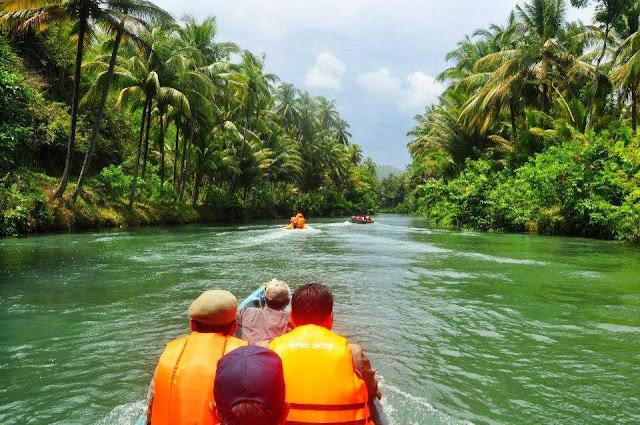 wisata sungai maron di pacitan jawa timur
