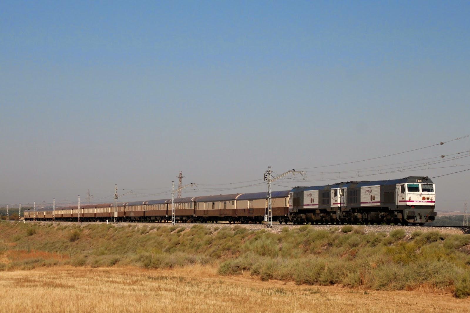 Fotografía ferroviaria.: Persecución del Expreso Al-Ándalus por La ...