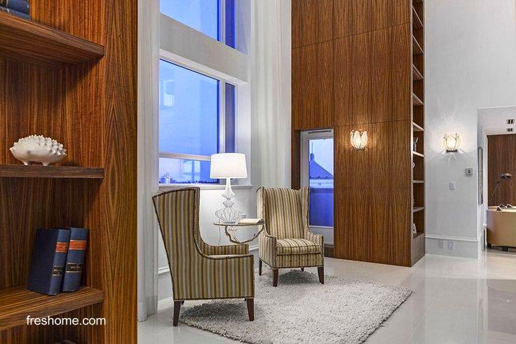 Sala de estar suntuosa de pentahouse en Vancouver
