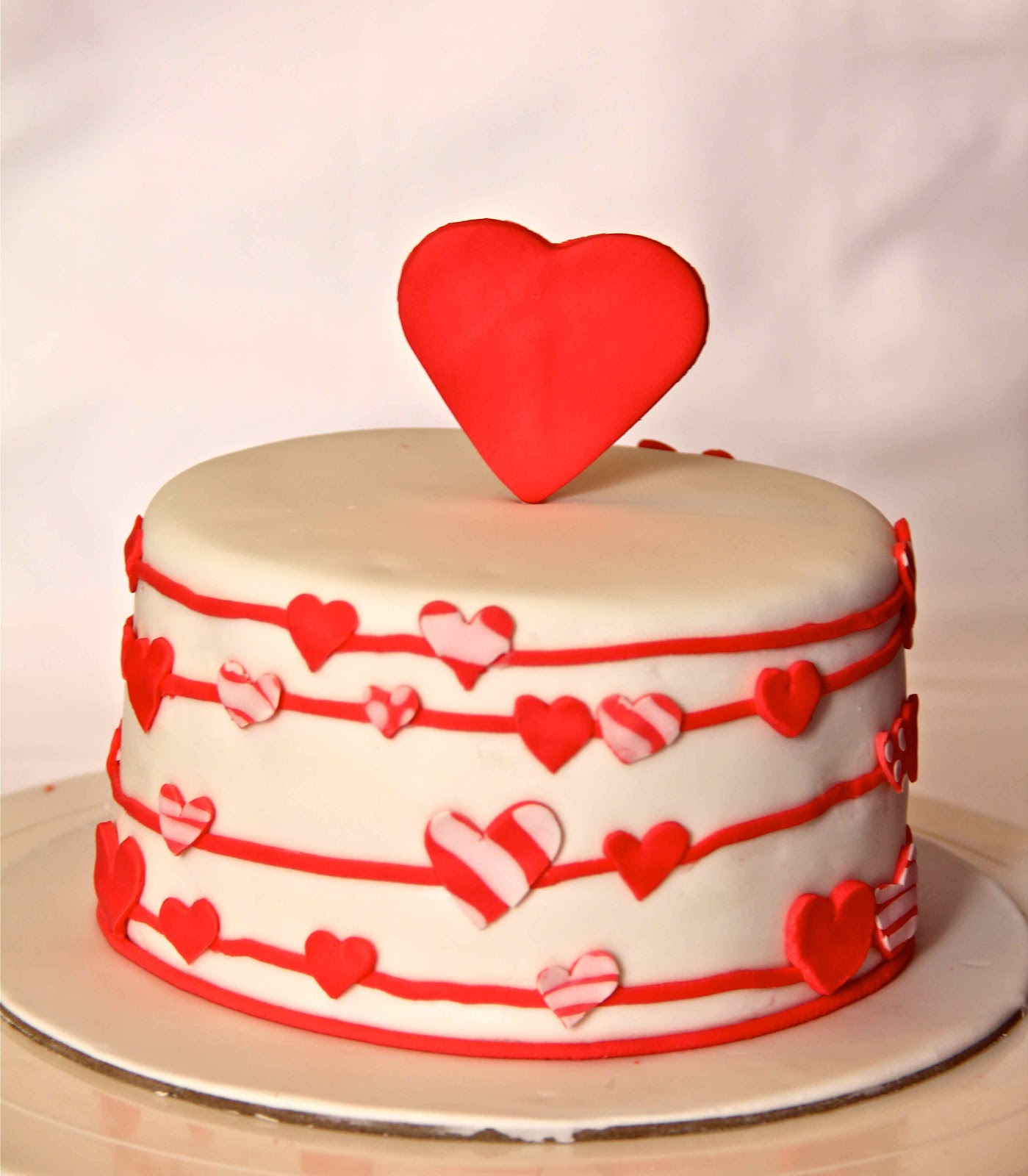 Valentines Cake Bakerz Dad: Love is in...