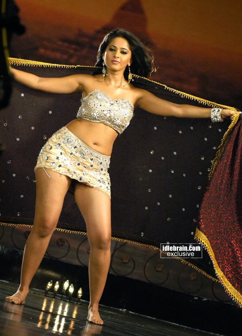 Indian actress heroin anushka shetty nude leaked photos without dress big tits - 4 8