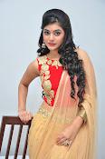 yamini bhaskar latest glam pics-thumbnail-12