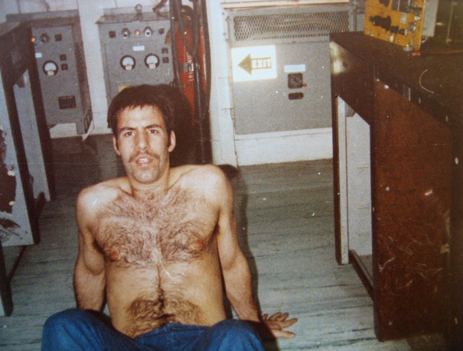 "Tommy Mondello sporting ""porno"" mustache doing situps Cal Lab Nimitz 1982"