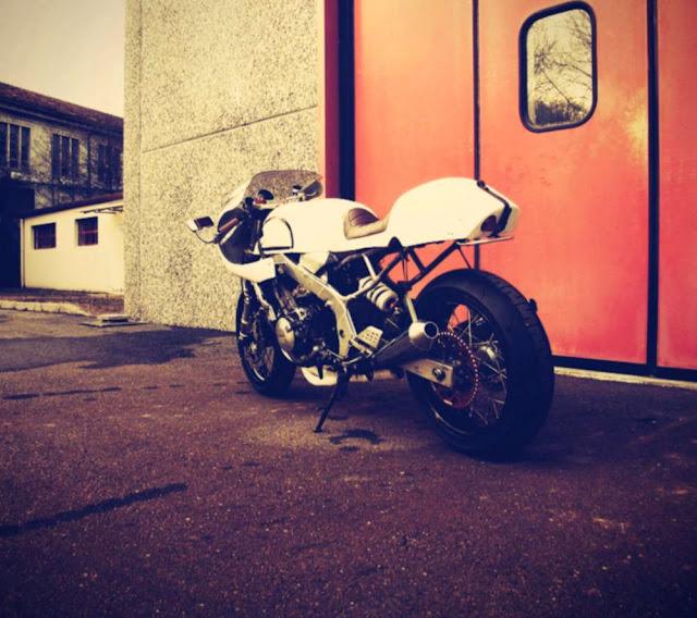 Tutte le fasi del suo sviluppo ancora in corso su   Planbmotorcycles 99af3b7945