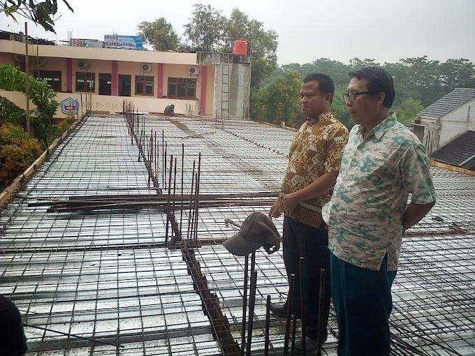 Pembangunan RKB SMP & SMK Islam Serua digeber