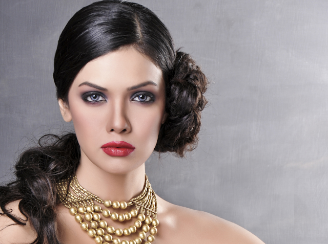 Sara Loren Pics Wallpapers