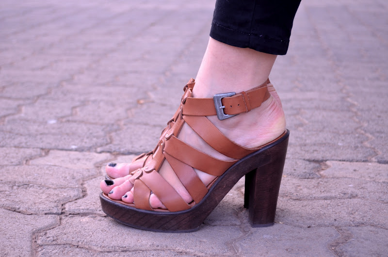 close shot of meelena's pull and bear strappy sandals from the serial shopper