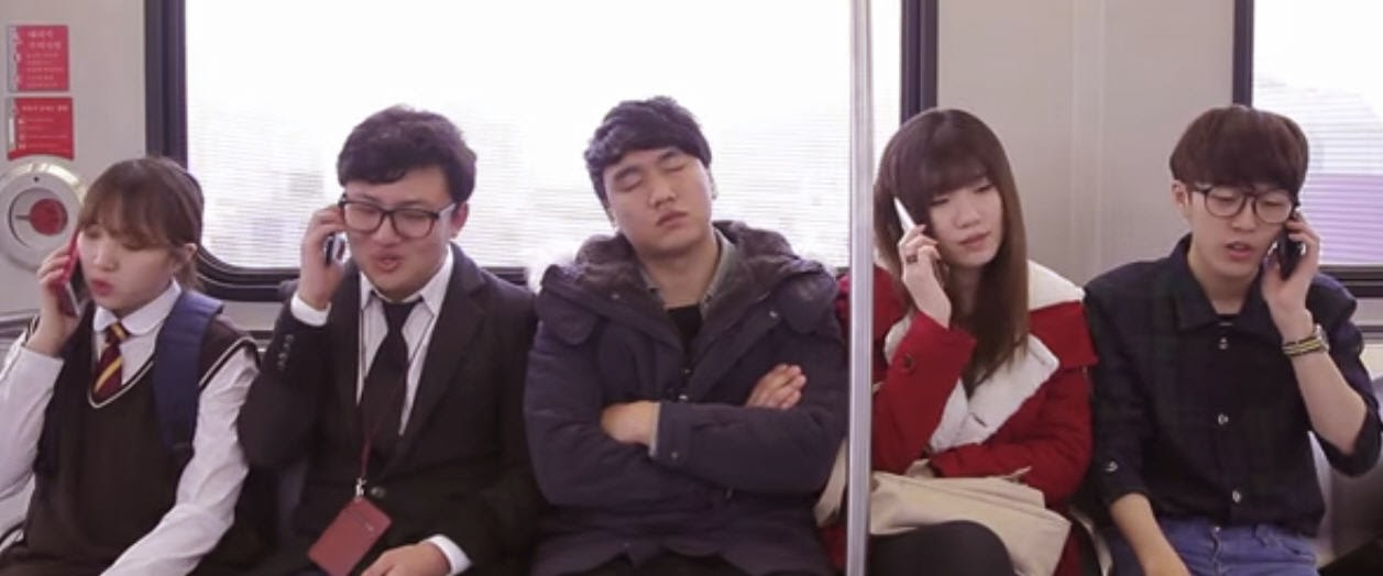 Be Amazed With What This Train Commuters Can Do