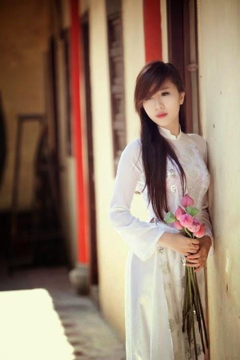 Ảnh gái đẹp diệu dàng trong tà áo dài 20