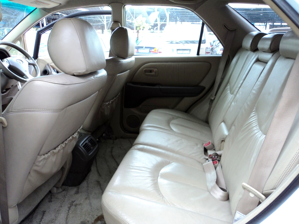 Toyota Harrier 3 0 A 1999 2000